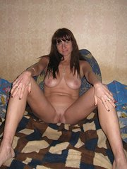amateur wife threesome with girlfriend