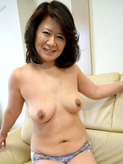 amateur wife convinced to strip