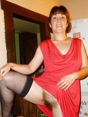amateur mature wife topless