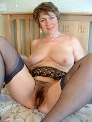 amateur wife takes massive cock